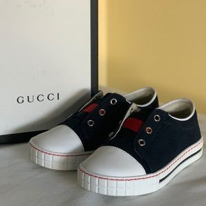 Gucci Toddler Sneakers- Navy/White with box